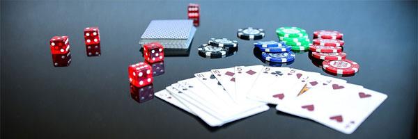 6 parasta suomalaista pokerinpelaajaa jotka tekivät historiaa pelimerkit - 6 parasta suomalaista pokerinpelaajaa, jotka tekivät historiaa